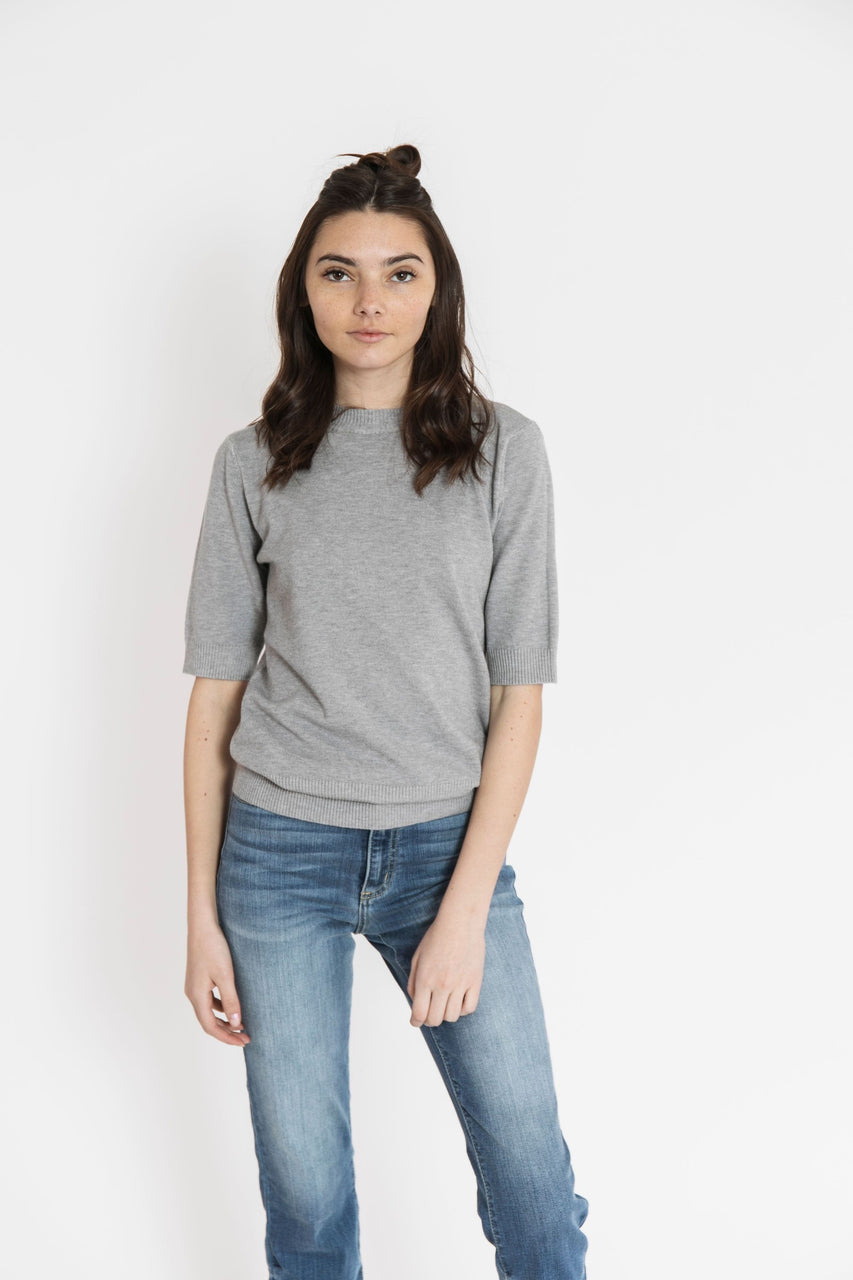 Ivy Sweater Tee in Heather Grey