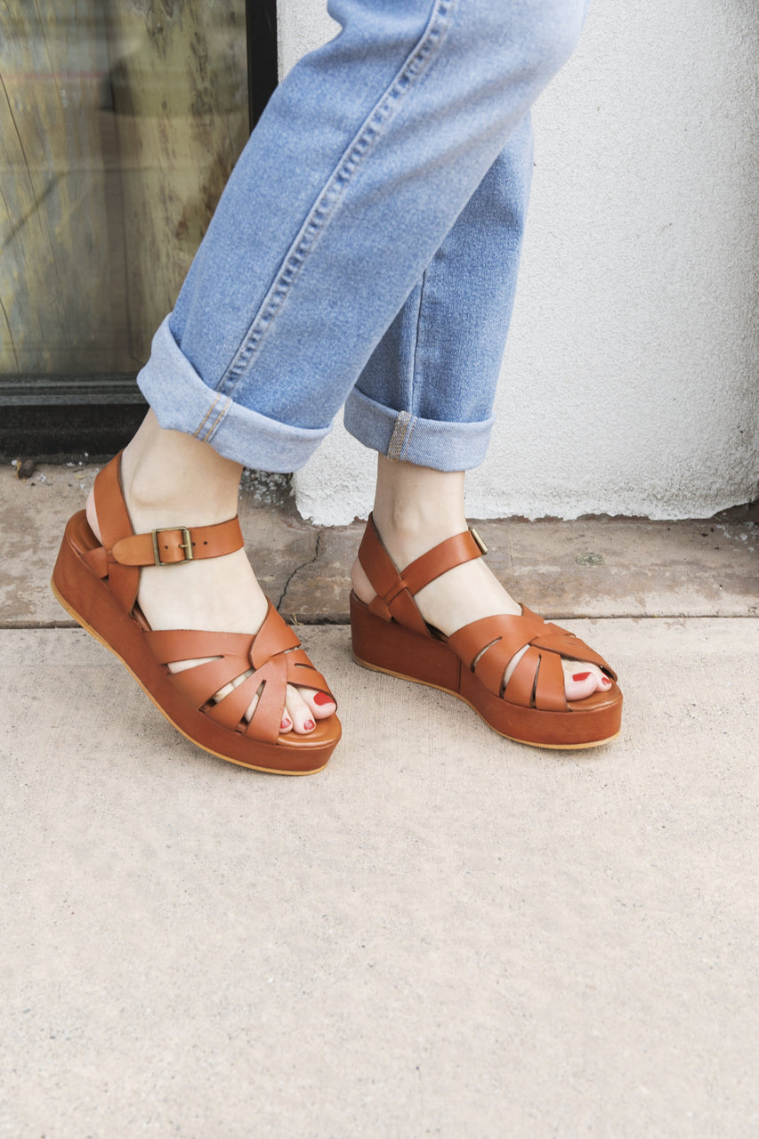 Jeffrey Campbell Tarth Sandal in Cognac