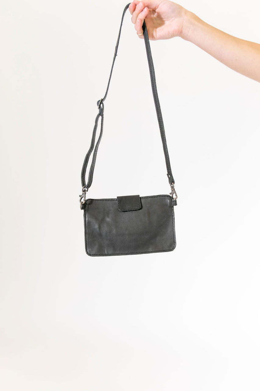 Kelly Crossbody in Black