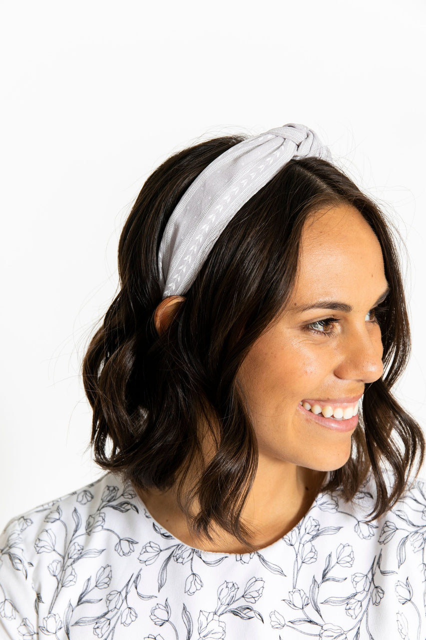 Knotted Headband Grey Pattern