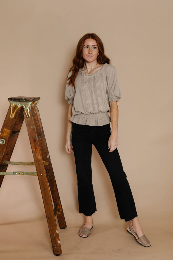 Remy Blouse in Taupe
