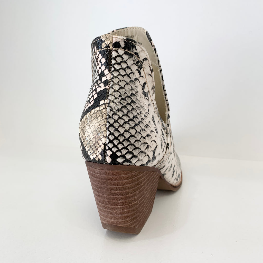 Trader Boot in Snake