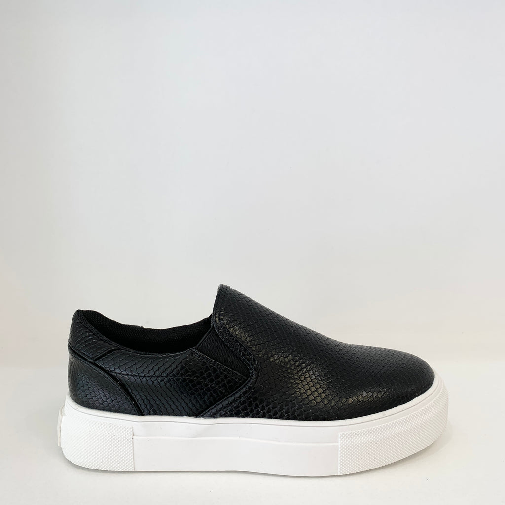 Gradient Sneaker in Black