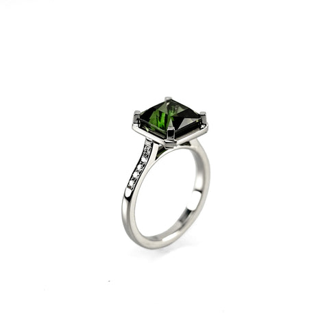 750 18k White gold 3.6ct Asscher cut Tourmaline engagement ring Berlin