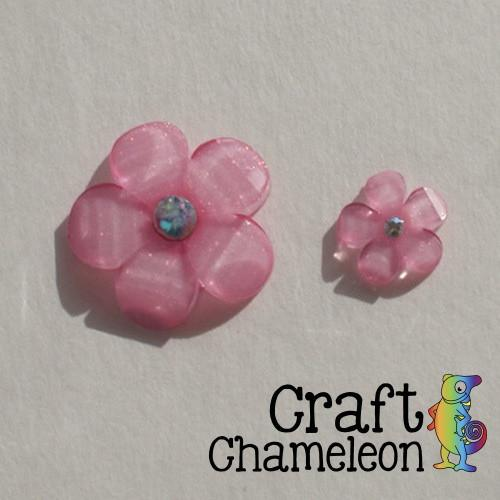 "Set of 25 ~ 1 1/8"" Glitter Flower Flat Back Resin - CraftChameleon"