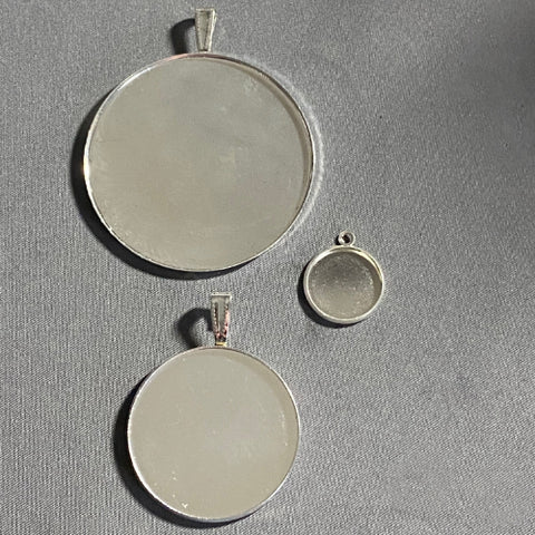 Bezels for Necklace/Pendants/Earrings
