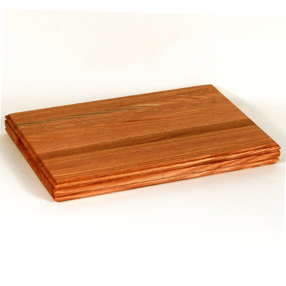 Small Cutting Board in Red Oak