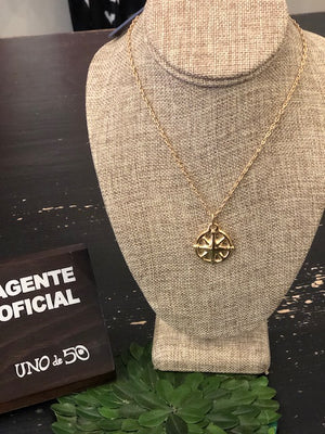 Uno de 50 Lead the Way Gold Necklace