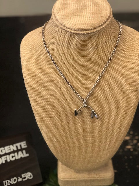 Uno de 50 Silver Moving Arrow Necklace