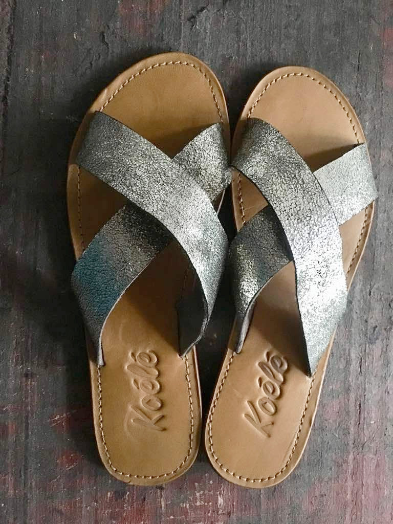 CROSS (SAND SILVER/TAN)