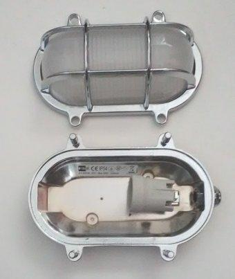 2035 B Chrome Oval Bulkhead Light