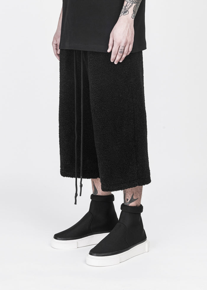 Faux Shearing Cropped Pants - CGNY