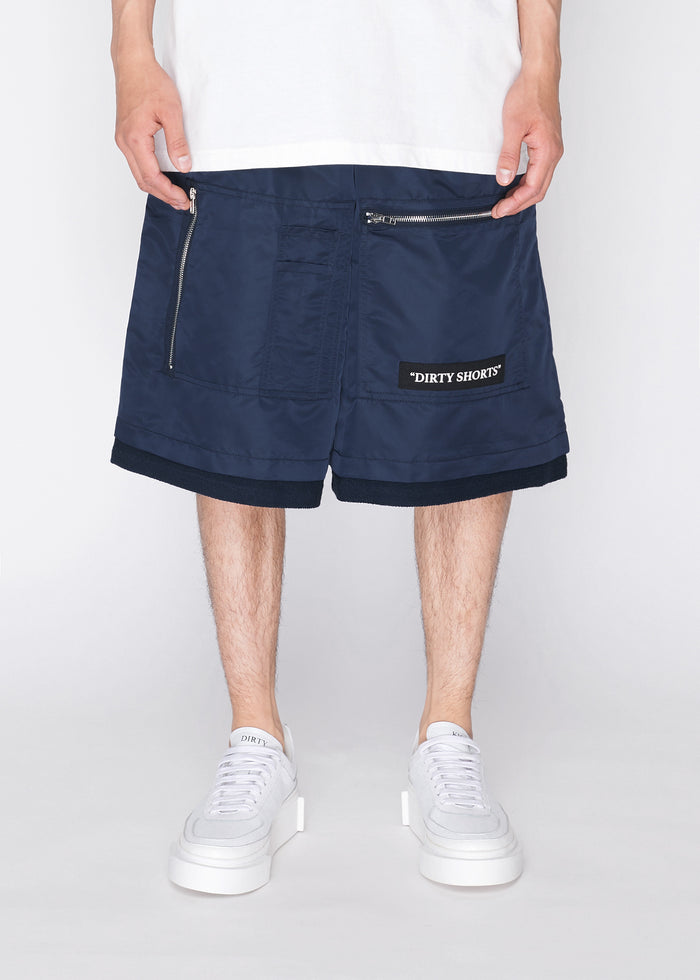 MA1 Shorts in Navy