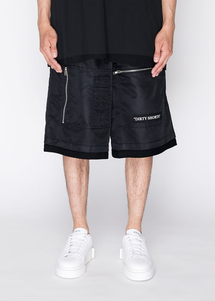 MA1 Shorts in Black