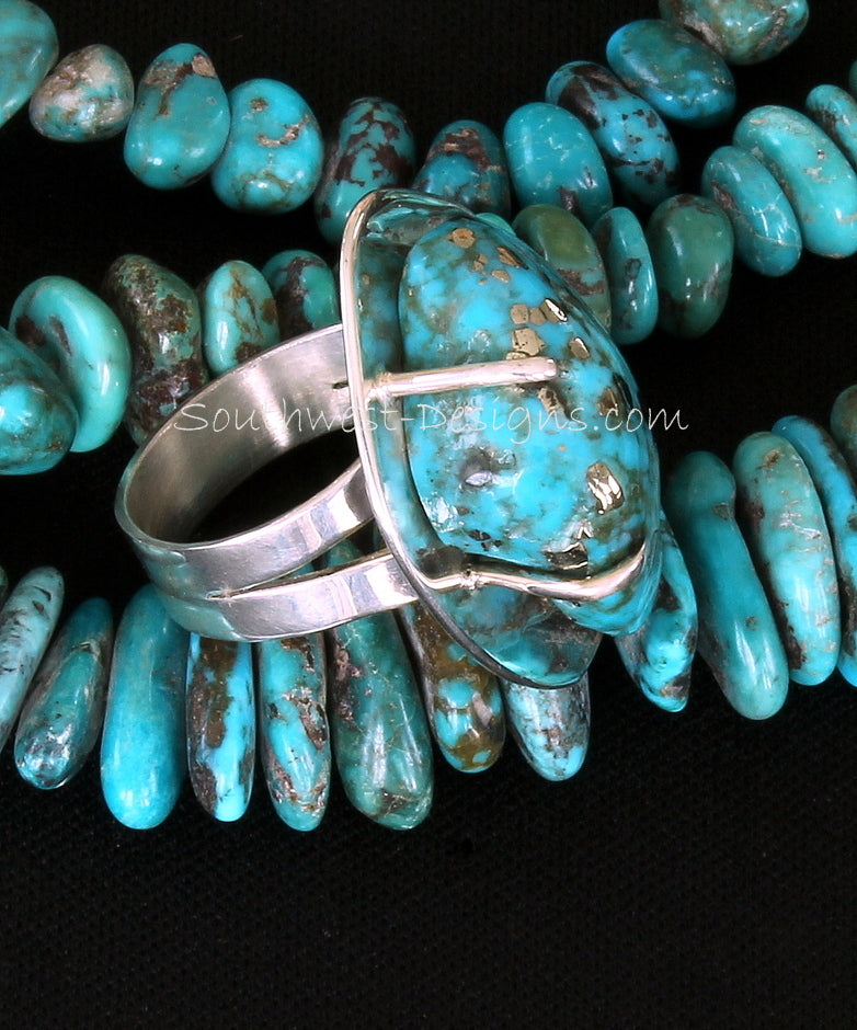 Campitos Turquoise and Sterling Silver Post-Set Ring with Notched Sterling Silver Band