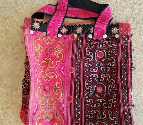 Beautifully embroidered zippered Thai market bag