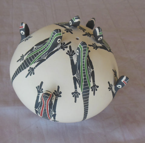 "Mata Ortiz Pottery Efren Ledezma 8 raised lizards ceramics seed pot 5.5"" - SOLD"