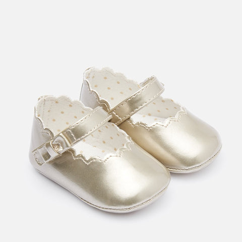 Patent Leather Mary Jane Shoes in Gold For Baby: Mayoral 9217 Fall 2019
