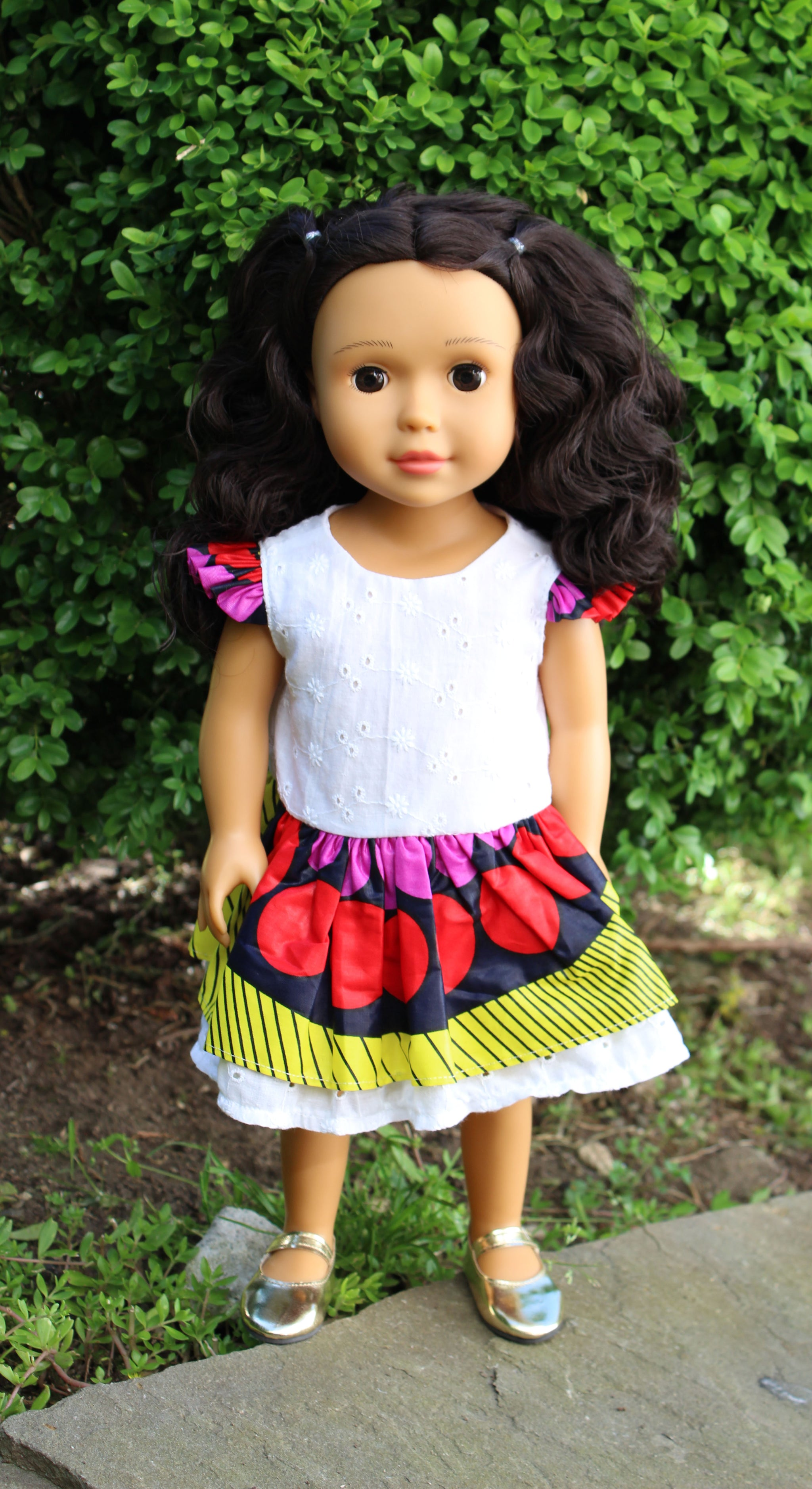 dd83651a7 Light Brown Skin Tone Doll Long Wavy Hair - IkuziDolls
