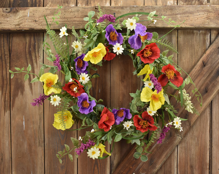 Primrose Wildflower Wreath - 22 Inches
