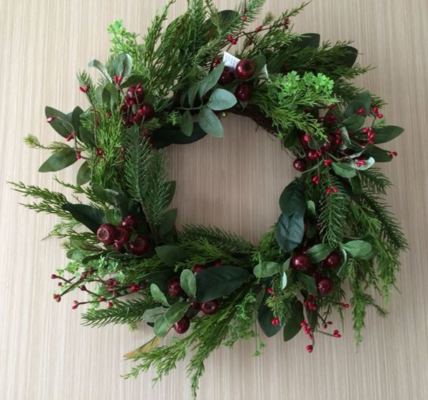 Red Berry Fern Wreath - 24""
