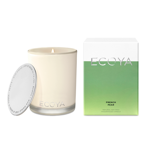 The influence of Australian white lotus flower, infused with deep shades of Pacific vanilla and patchouli, create a warm and delicately spicy mix that is both sensual and relaxing.