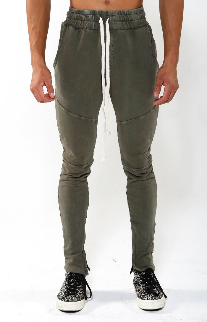 VIP Exclusive - Joggers in - Pine Green - Golden Aesthetics