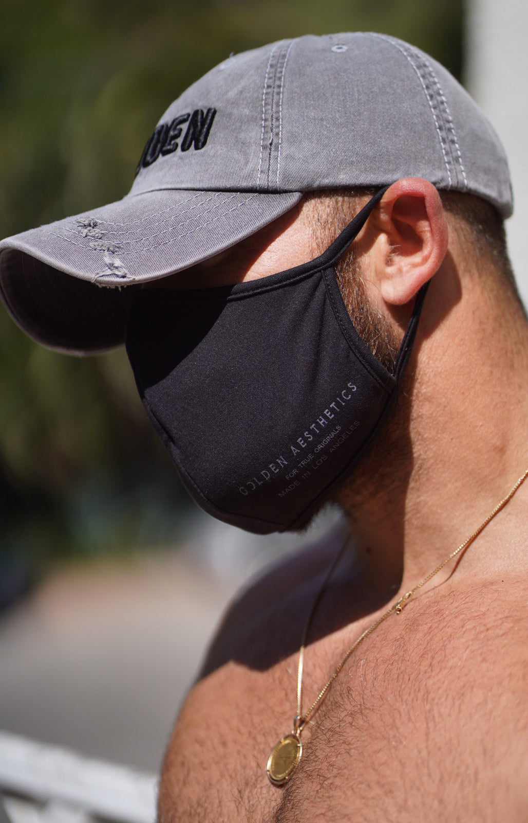 Black/White Reusable Protective Mask