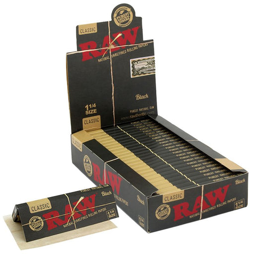 "Raw Black 1 1/4"" Size Rolling Paper"