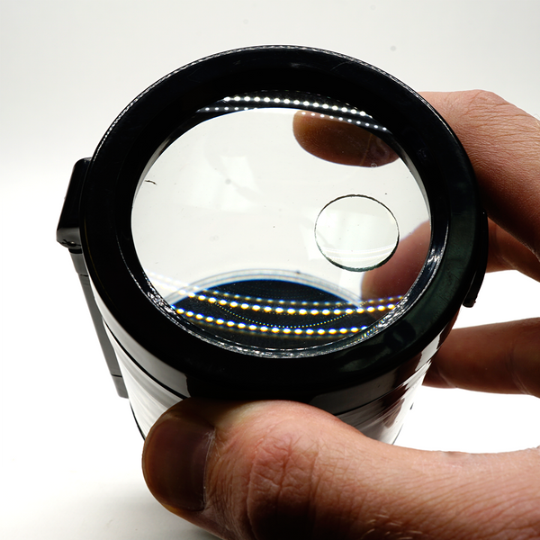 LED Magnifying Jar - Smokus Focus