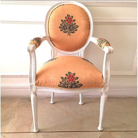 Chair iconised by Louis XVI, Armchair with flat point legs