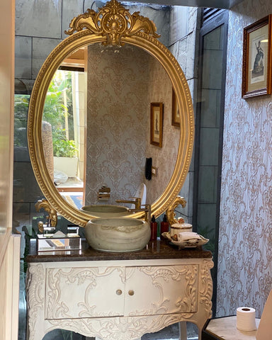 Vanity/ commode with subtle Bombe sides