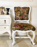 Classic Louis XV dining chair with rare sensibilities