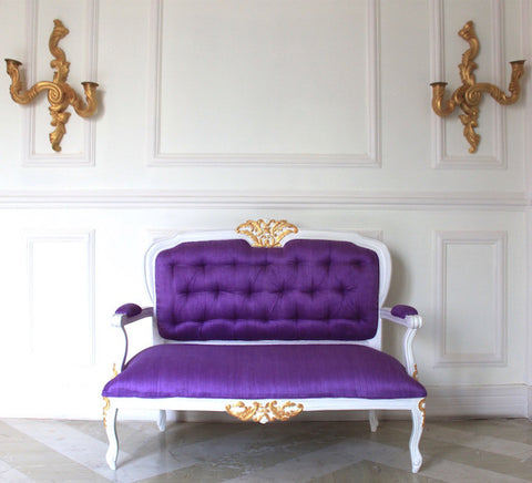 Classic Dainty Louis XV Settee for your absolute heart