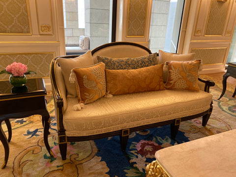 Canapé / couch / sofa of Louis XVI sensibilities
