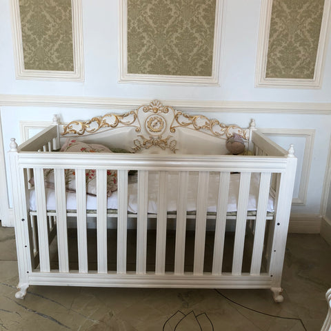 Charming baby Cot of Louis XV elegance