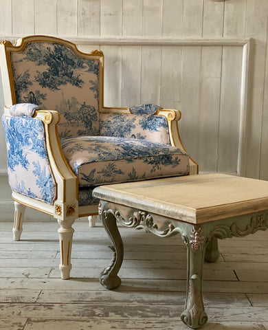 Louis XVI petite bergère / couch / sofa for children