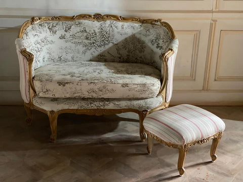 Bergère / couch of Louis XV quintessence