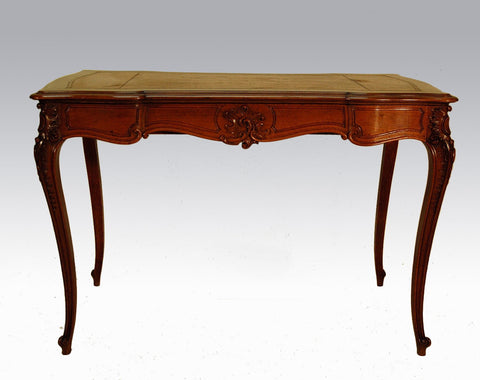 Table for the office inspired by Louis XV