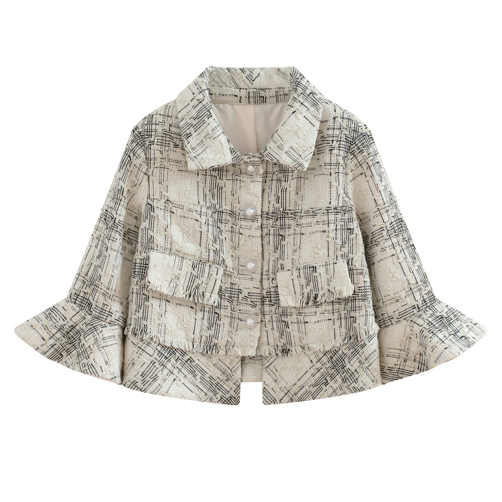 Relax Ruffle Bottom Short Jacket