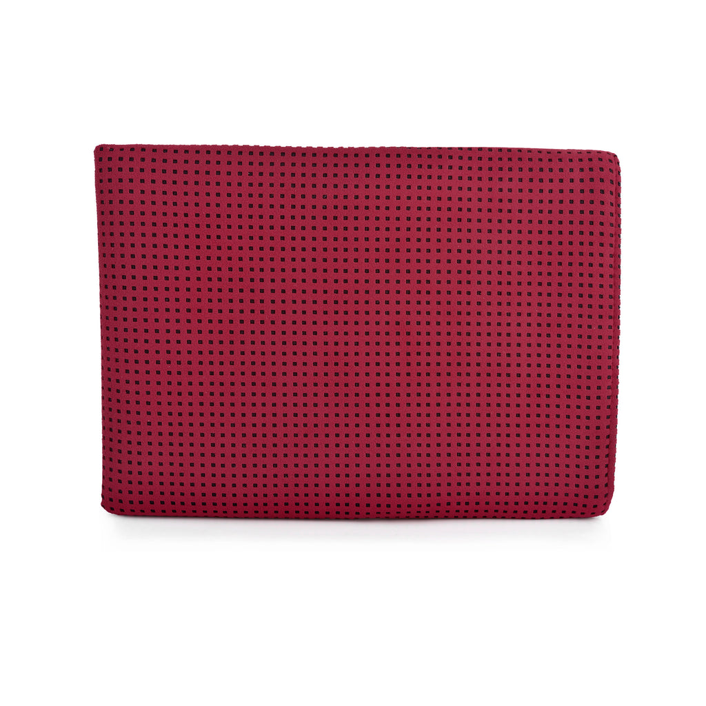 MacBook Alcantara Maroon