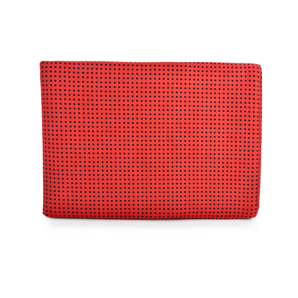 MacBook Alcantara Red
