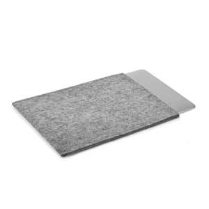 MacBook Pro 13 inch Wool Felt Grey Portrait - Wrappers UK
