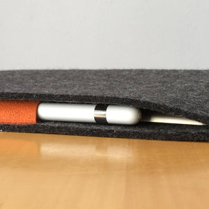iPad Wool Felt Charcoal Portrait with Pencil Holder