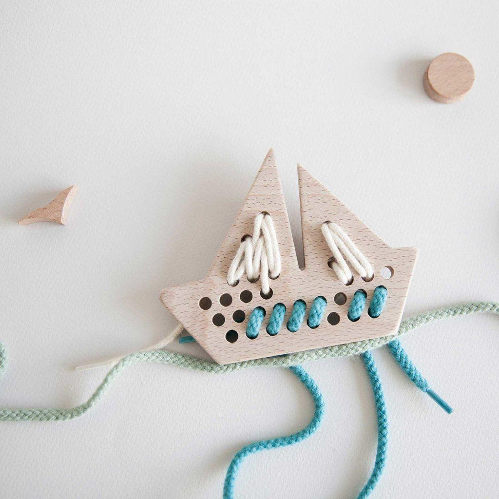 Wooden Lacing Toy - Boat - Bluebrontide