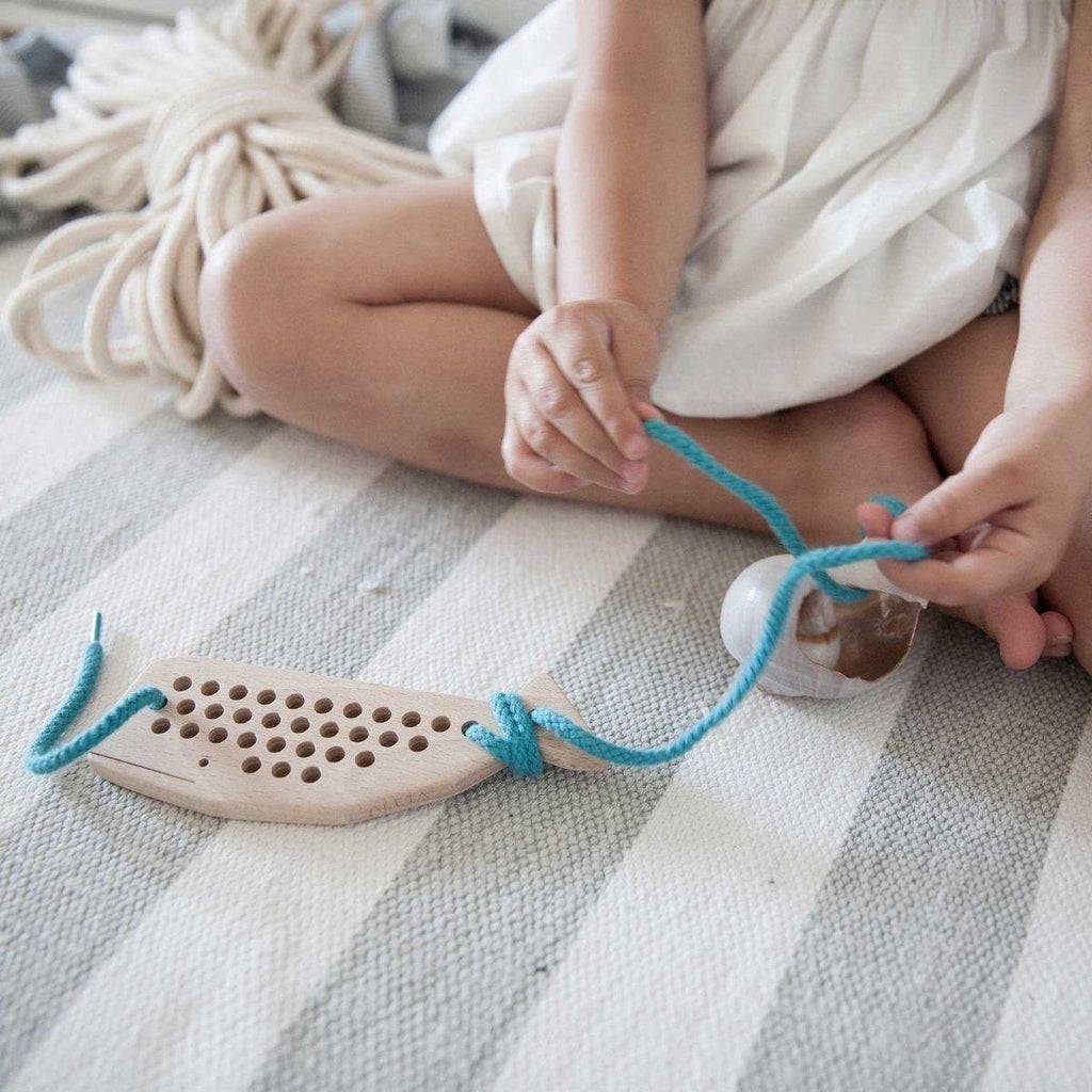 Natural Wooden Children's Lacing / Threading Toy - Whale - Bluebrontide