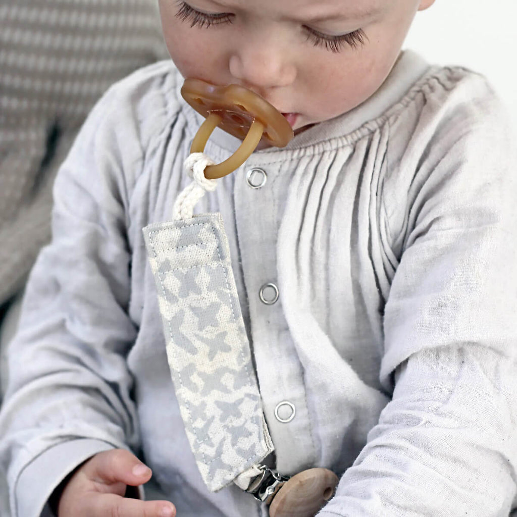 Organic Dummy/Pacifier Soother Clip - Kisses in Soft Grey