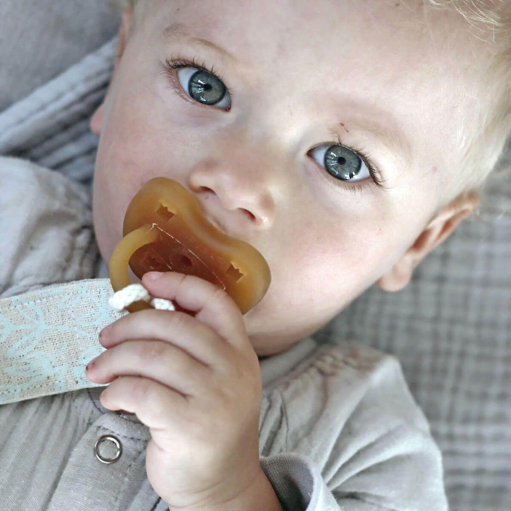 Organic Dummy/Pacifier Clip - bluebrontide