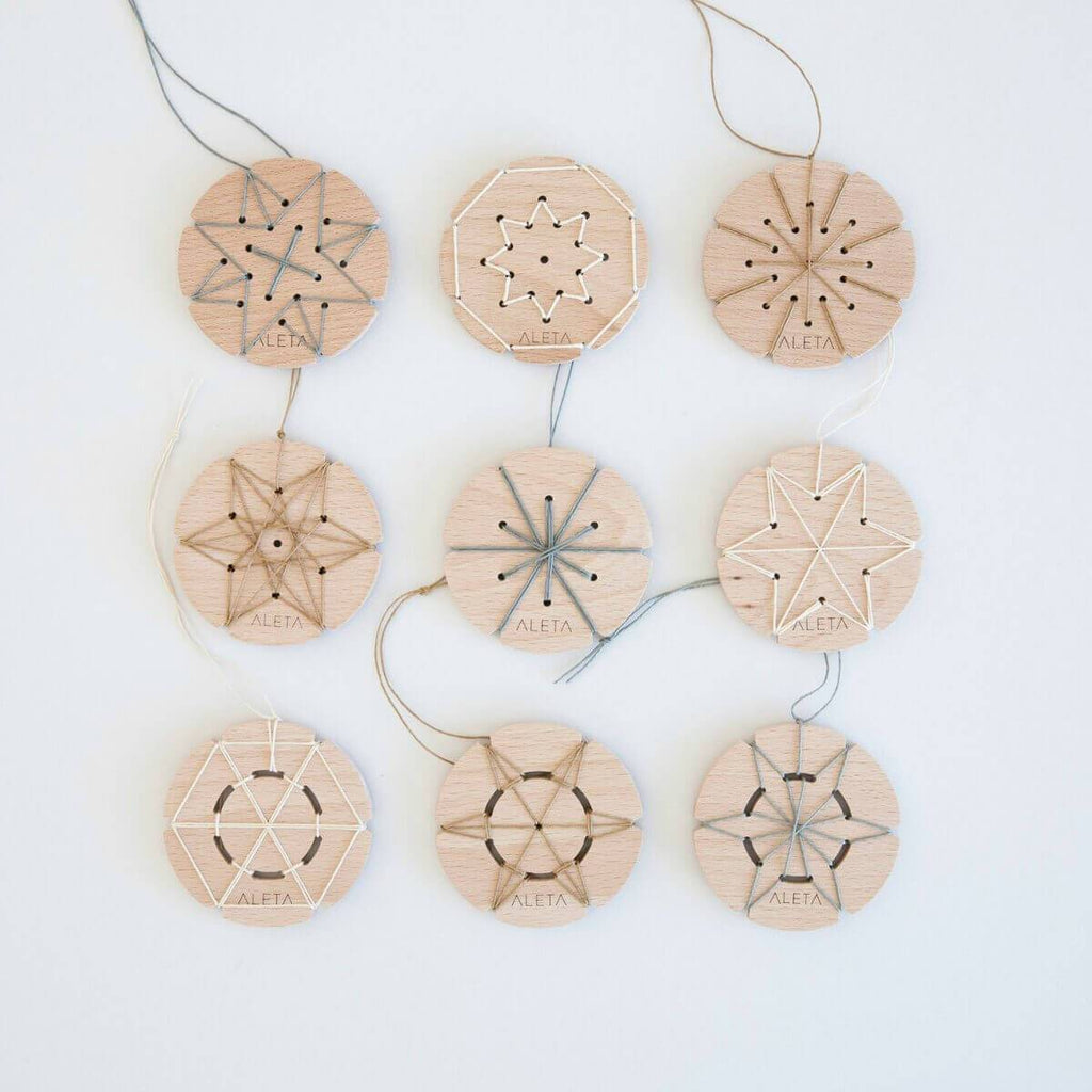 Wooden_lacing_threading_toy_starflakes