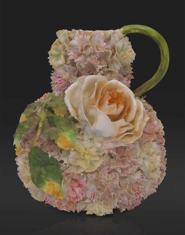 Capodimonte flower vase with Damask rose